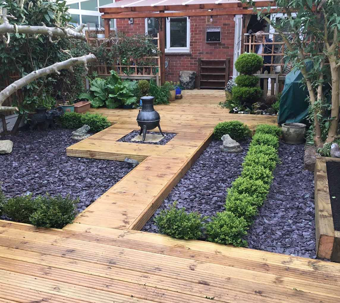 ivy-maintain-decking-1
